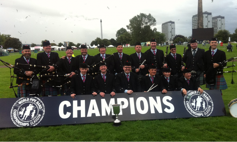 st-colmcilles-pipe-band-tullamore-1